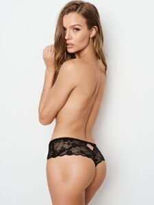 Трусики Hipster Thong Lace & Dot Mesh Victoria`s Secret