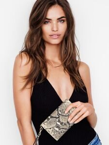 Клатч-кошелёк V-Quilt Wild Python Tech Clutch Victoria's Secret