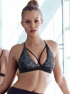 Спортивный бра Strappy Triangle Victoria's Secret