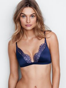 Бюстгальтер Lace Triangle Bralette Victoria`s Secret